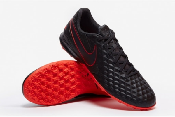 Сороконіжки Nike Legend 8 Academy TF AT6100-060